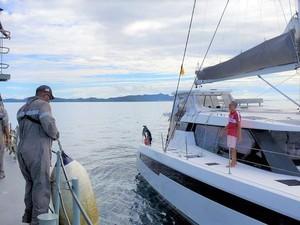 Viral Video Haru Anak Bertemu Ayah Pelaut, 7 Bulan Terpisah karena Corona