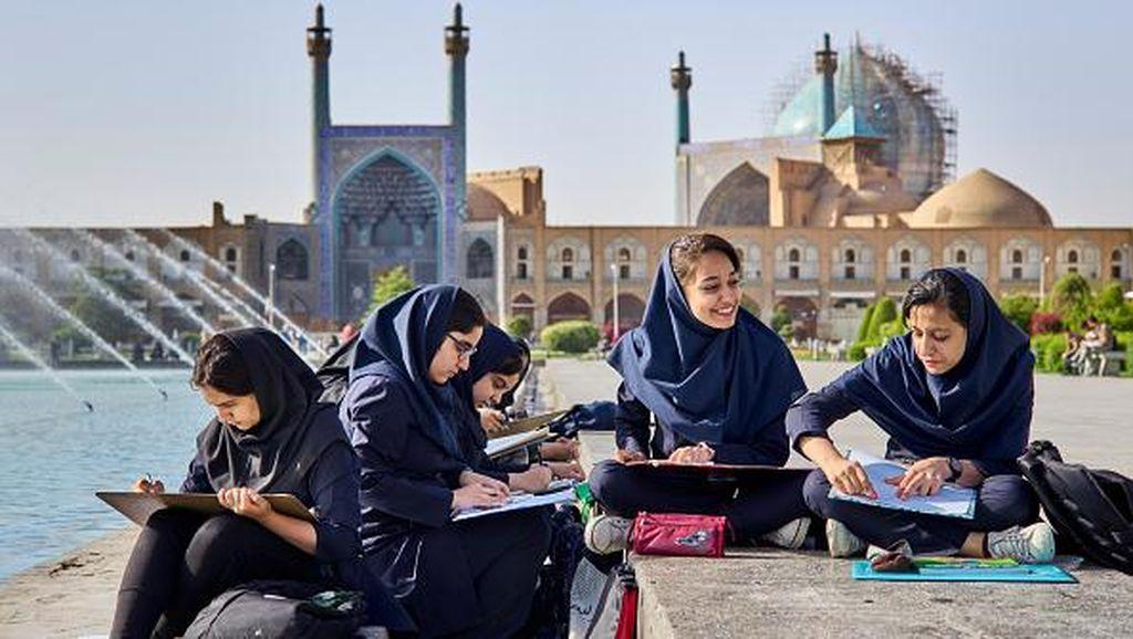 Mengenal Peradaban Islam di Iran Lewat Situs Bersejarah