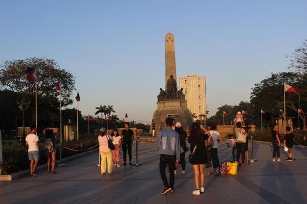 Ini Rizal Park Manila. Filipina belum menyambut turis (Foto: Brigida Emi Lilia/dTraveler)