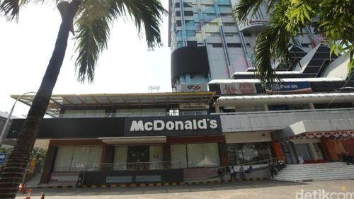 McDonalds Sarinah Tutup