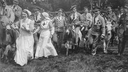 Henry Dunant, orang yang mendirikan Palang Merah Internasional hari ini berulang tahun. Organisasi yang didirikannya terus hadir diberbagai kesempatan.