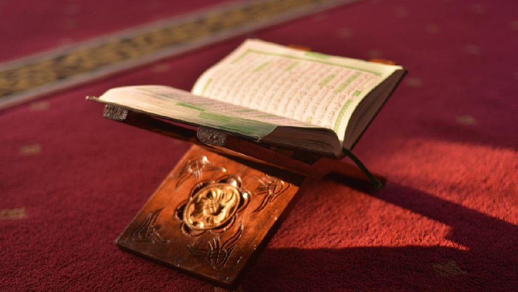 Peringatan Nuzulul Quran Pertama Kali di Istana Negara oleh Bung Karno