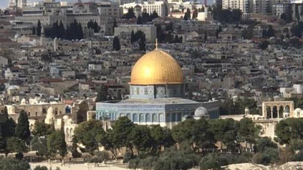 Tegang! Israel Larang Warga Palestina Salat Id di Masjid Al-Aqsa