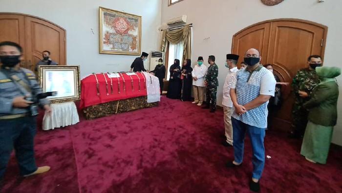 Menhan Prabowo melayat Djoko Santoso
