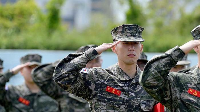 Son Heung-Min Wajib Militer