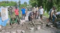 Aksi Warga Malang Tutup Jalan dengan Ditembok Tak Berlangsung Lama