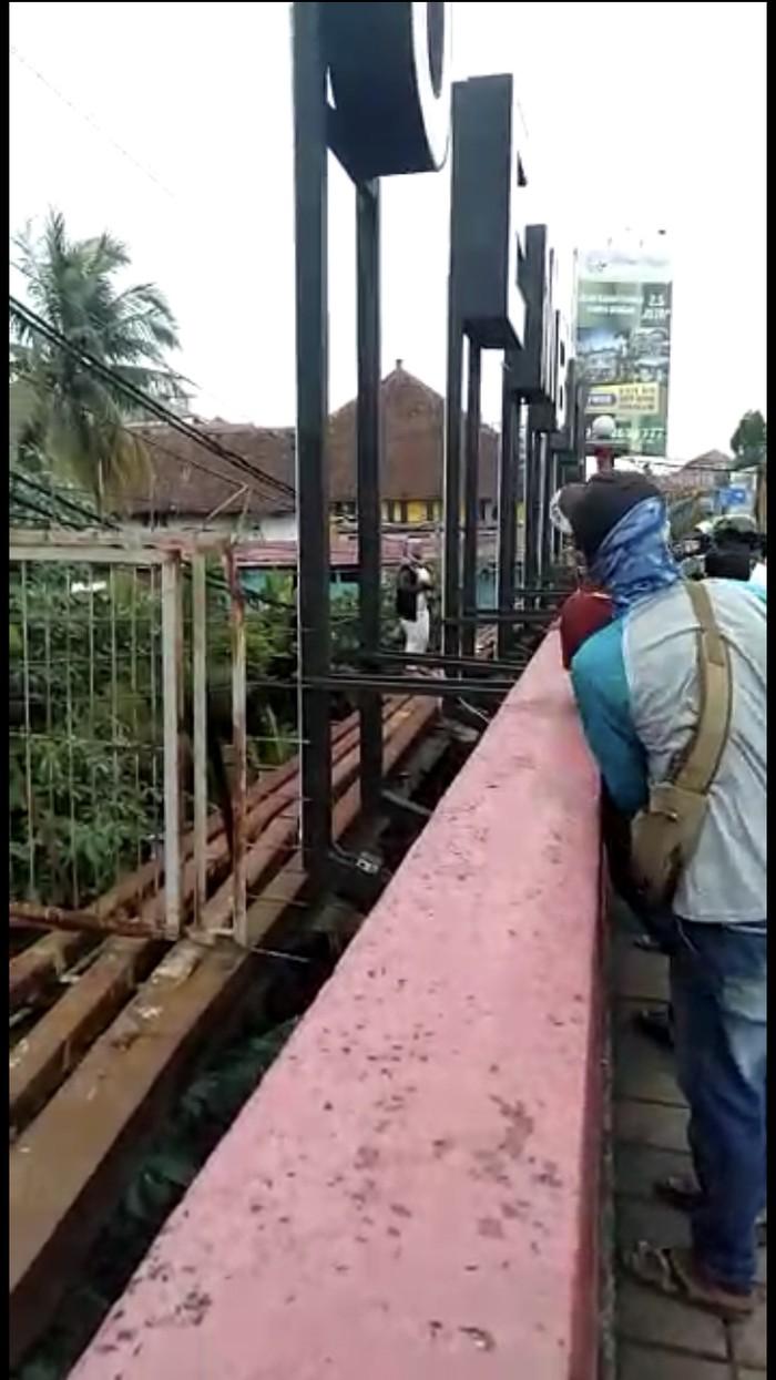 Warga berhasil cegah wanita yang hendak bunuh diri di Bogor
