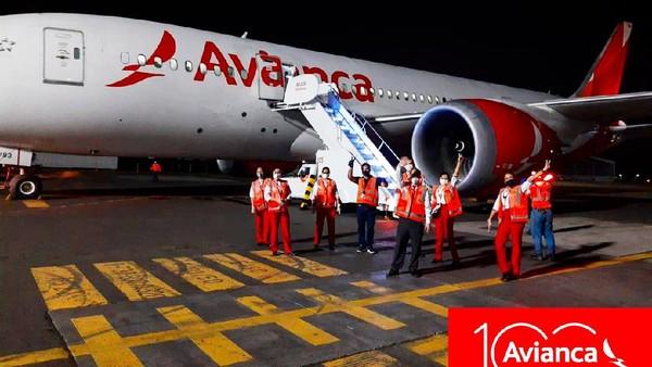 Maskapai tertua kedua di dunia, Avianca yang berbasis di Kolombia juga menyatakan diri bangkrut pada bulan Mei ini. 80% pemasukan perusahaan turun akibat Corona. (Avianca/Facebook)