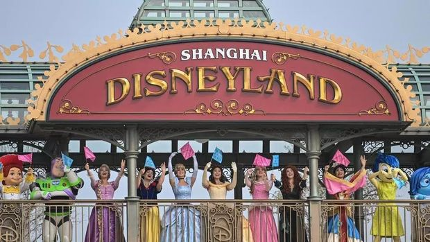 Disney hopes the reopening of its park in Shanghai will help temper the financial hit from coronavirus Hector RETAMAL AFP