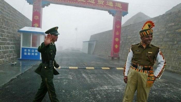 Tentara China dan India baku hantam di wilayah perbatasan yang dipersengketakan
