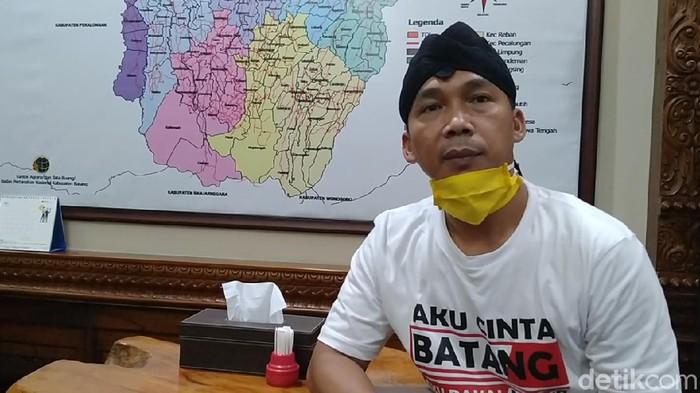 Bupati Batang, Wihaji, Senin (11/5/2020).