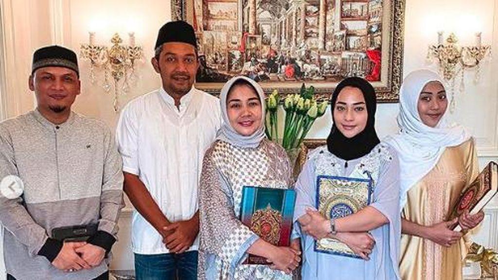 Patut Dicontoh! Nikita Willy Khatam Alquran di Minggu Kedua Ramadhan