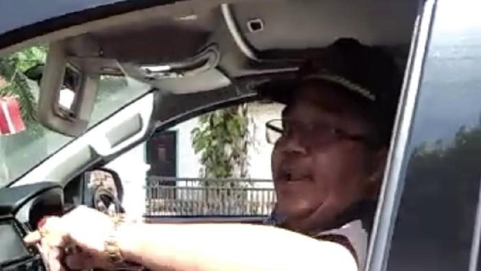 Viral Anggota DPRD Pasaman Tak Bermasker Ribut dengan Petugas PSBB