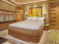 Perusahaan butuh 4 tahun untuk merancang dan mengimplementasikan semuanya. Ini adalah kamar tidur utama yang berada di hidung pesawat, di bawah kokpit. Istimewa/Dok. Boredpanda/albertopinto.