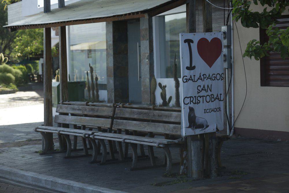 Galapagos menutup diri dari wisatawan.