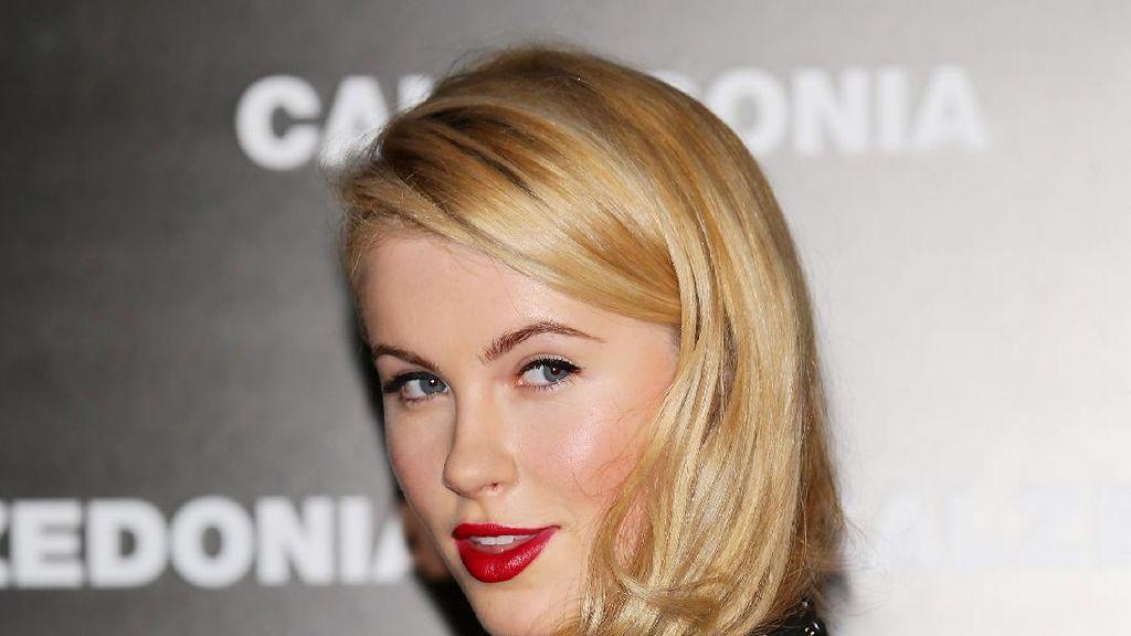 Pesona Ireland Baldwin, Putri Kim Basinger yang Warisi Kecantikan Sang Ibu