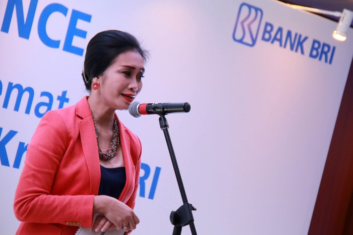 Direktur Konsumer Bank BRI Handayani