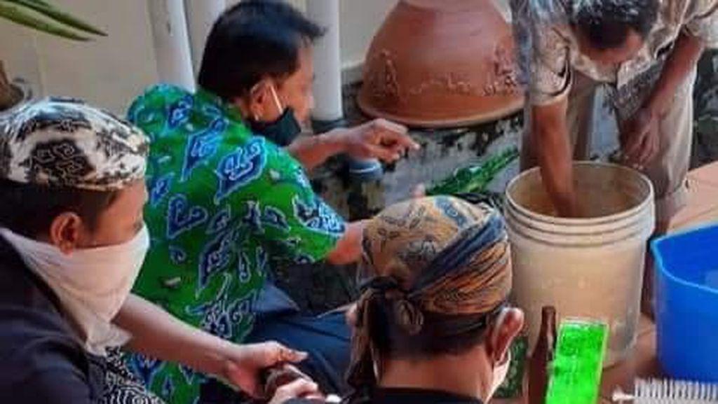 Jamasan Gerbong Maleman, Cara Kesultanan Cirebon Sambut Lailatul Qadar