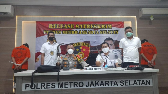 Polres Jaksel merilis pelaku begal sadis yang beraksi di Jalan Pertanian, Pasar Minggu, Jakarta Selatan.