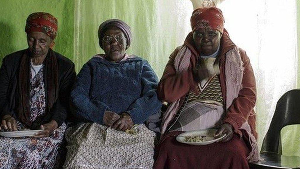 Pemakaman Rahasia, Tradisi Kuno Afrika untuk Cegah Penyebaran Corona