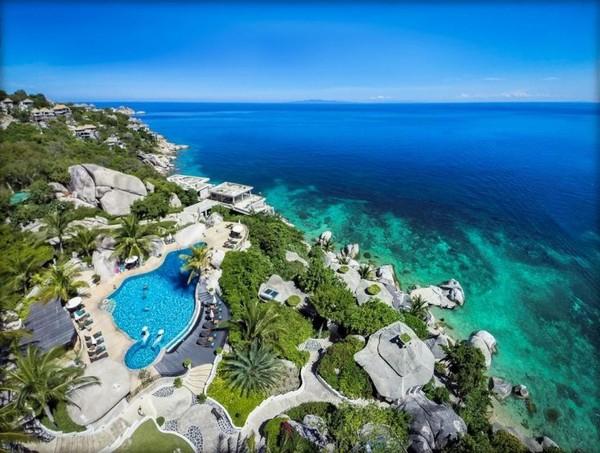 Koh Tao adalah sebuah pulau di Thailand dan merupakan bagian dari Kepulauan Chumphon di pantai barat Teluk Thailand.