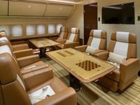 Ada cukup ruang untuk penumpang tambahan atau anggota staf yang terbang dengan jet juga. Istimewa/Dok. Boredpanda/albertopinto.