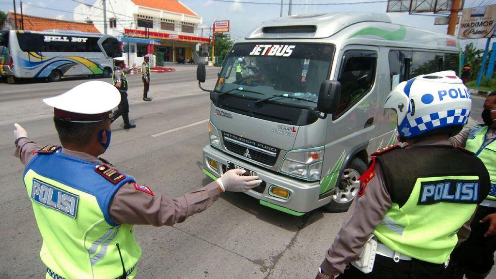 95 Jasa Travel Gelap Keciduk Bawa 700 Penumpang Buat Mudik