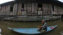 Banjir di Jambi Akibat Luapan Sungai Batanghari Meluas