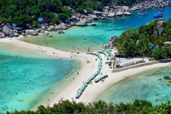 Dilansir dari media Inggris, Mirror, tercatat sudah ada tujuh wisatawan asing yang dilaporkan meninggal dengan mengenaskan di pulau tersebut.