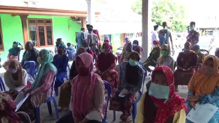 45.667 Warga Kabupaten Pasuruan Terima Kartu Sembako