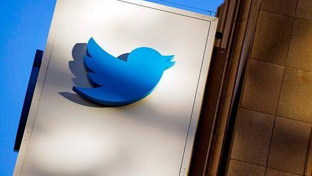 Twitter: Ada 130 Akun Terkenal Jadi Korban Peretasan