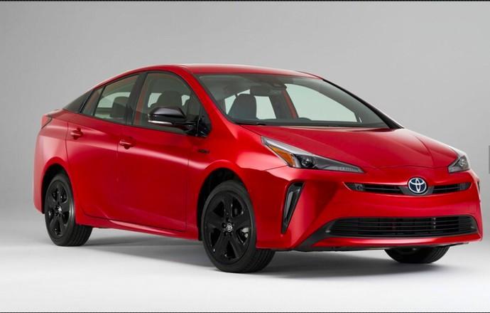 Toyota Prius Edisi Spesial
