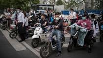 Riuhnya Warga Wuhan yang Gemar Bersepeda Listrik