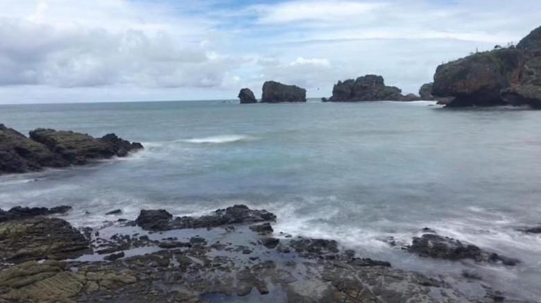Pantai di Gunungkidul.