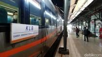 Suasana Beroperasinya KLB di Stasiun Tawang Semarang