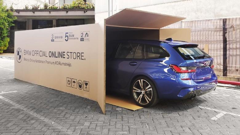 Unit BMW dikirim pakai kardus