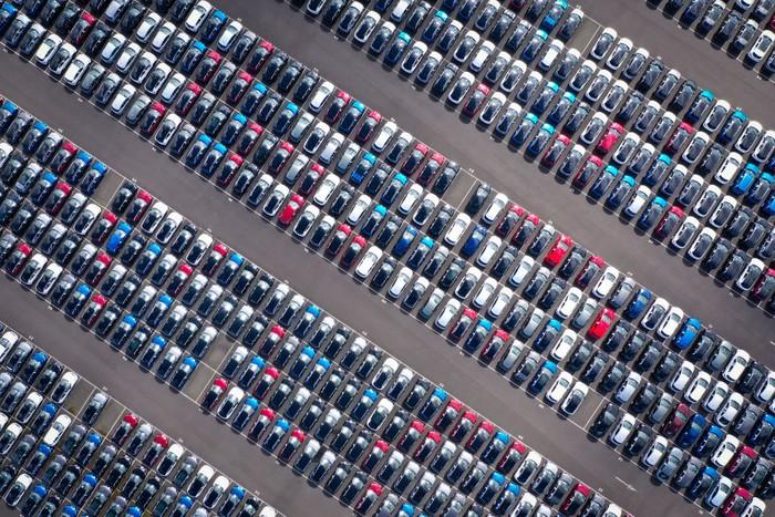 Virus Corona berdampak pada penjualan mobil baru di Inggris. Penjualan mobil baru pada April 2020 anjlok 97%.