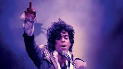 Lagu-lagu Prince Kini Bisa Dipakai di TikTok, Yuk Berjoget!