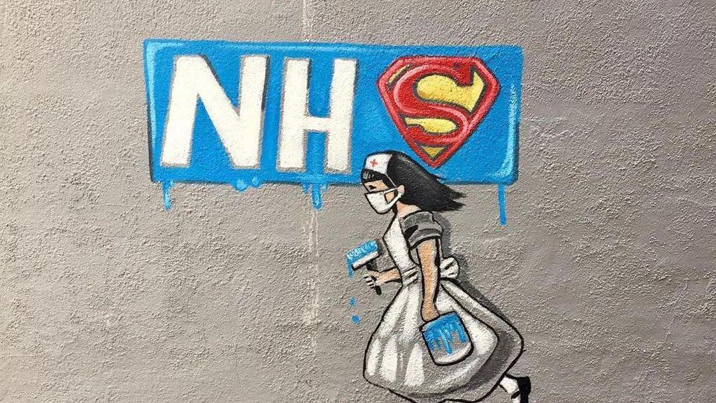 Dinding di Jalanan Inggris Ucapkan Terima Kasih untuk Tenaga Medis