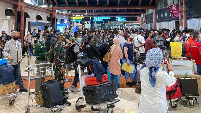 Bandara Soetta penuh/Reza
