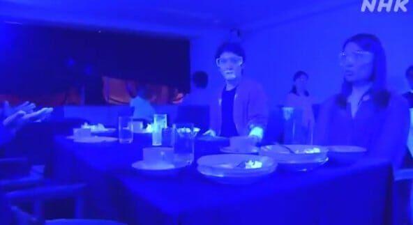 Proses penyebaran virus di restoran