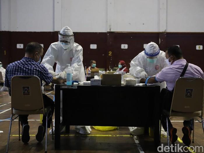 Rapid test klaster Indogrosir di GOR Pangukan, Sleman, Kamis (14/5/2020).