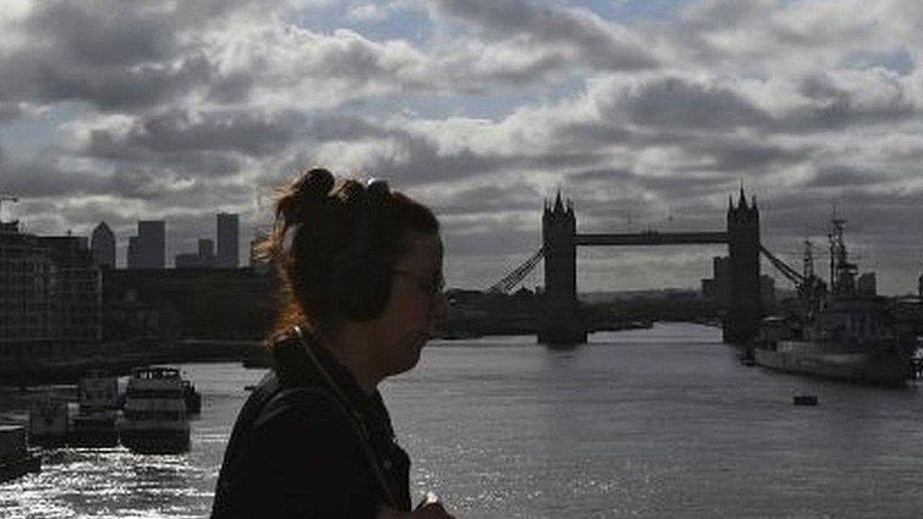 Inggris Karantina Warga yang Datang dari Luar Negeri Selama 2 Minggu