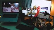 Young Lex Daur Ulang Nyesel Kan dengan Bebunyian Saklar Rumah
