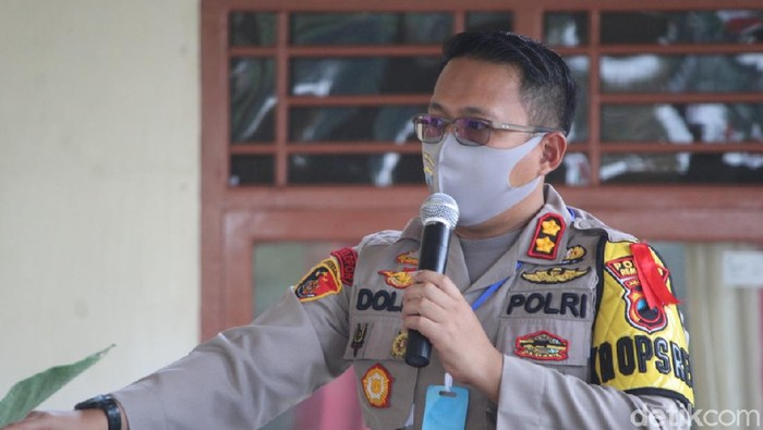 Kapolres Rembang AKBP Dolly A Primanto, Jumat (15/5/2020).