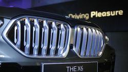Selain Grill Bisa Menyala, Apa Lagi Kehebatan BMW X6?