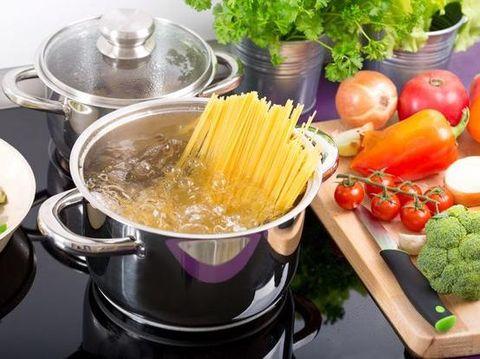 Tips merebus spaghetti