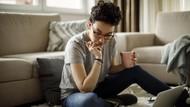Cara Mengatasi Sakit Punggung karena Kebanyakan Duduk di Lantai Saat WFH