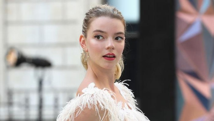 LONDON, ENGLAND - JUNE 06:  Anya Taylor-Joy attends the Royal Academy of Arts Summer Exhibition Preview Party at Burlington House on June 6, 2018 in London, England.  (Photo by Tristan Fewings/Getty Images)