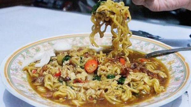 Kuliner malam legendaris di Yogya
